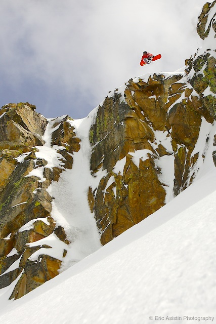 Andy Finch. Indy Air solid 80 footer! Tahoe Backcountry, CA